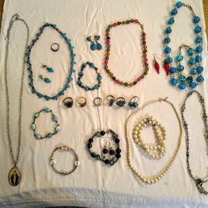Jewelry - Vintage inspired jewelry bundle